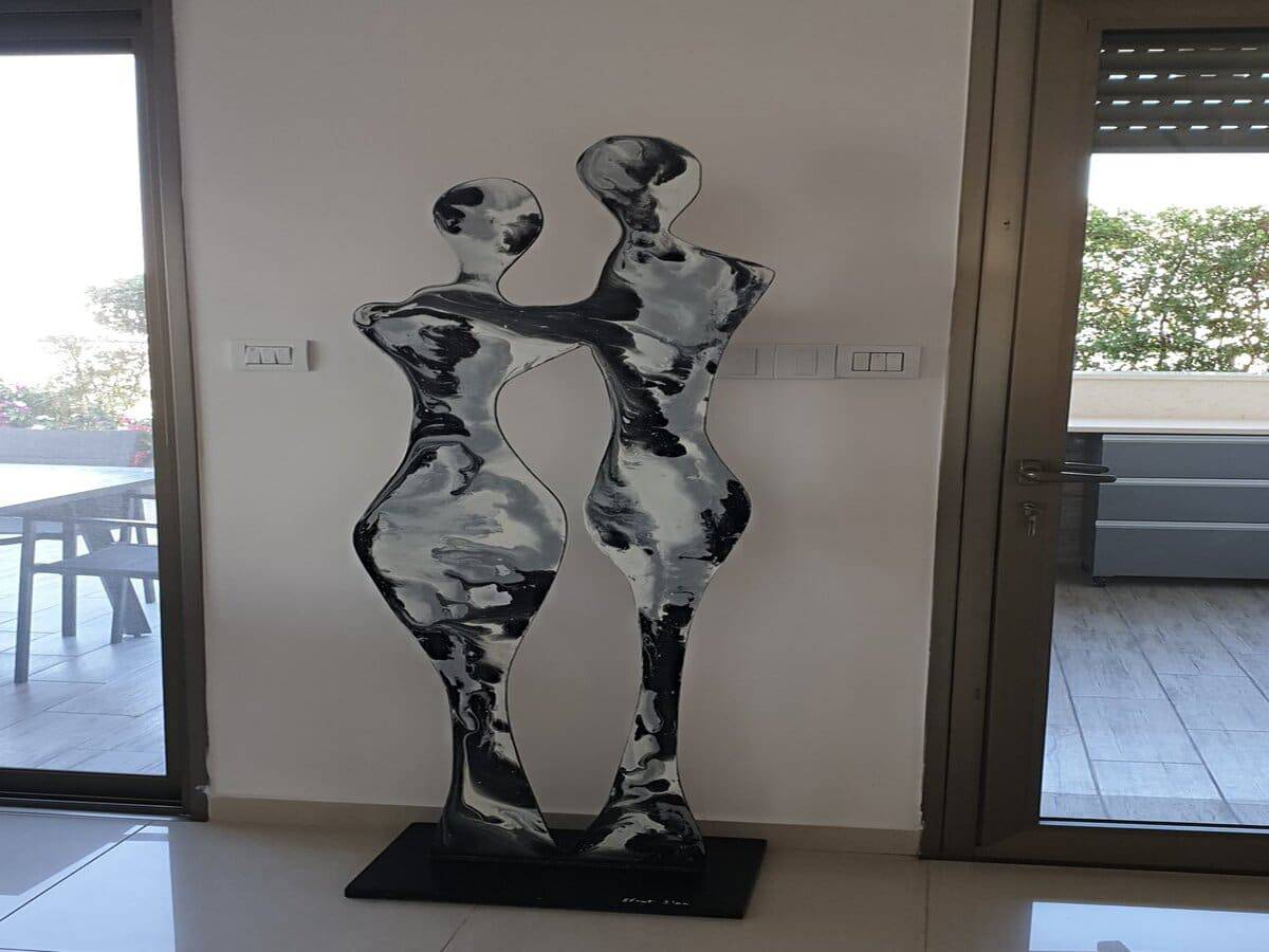 סלון- פסל (1) (1)
